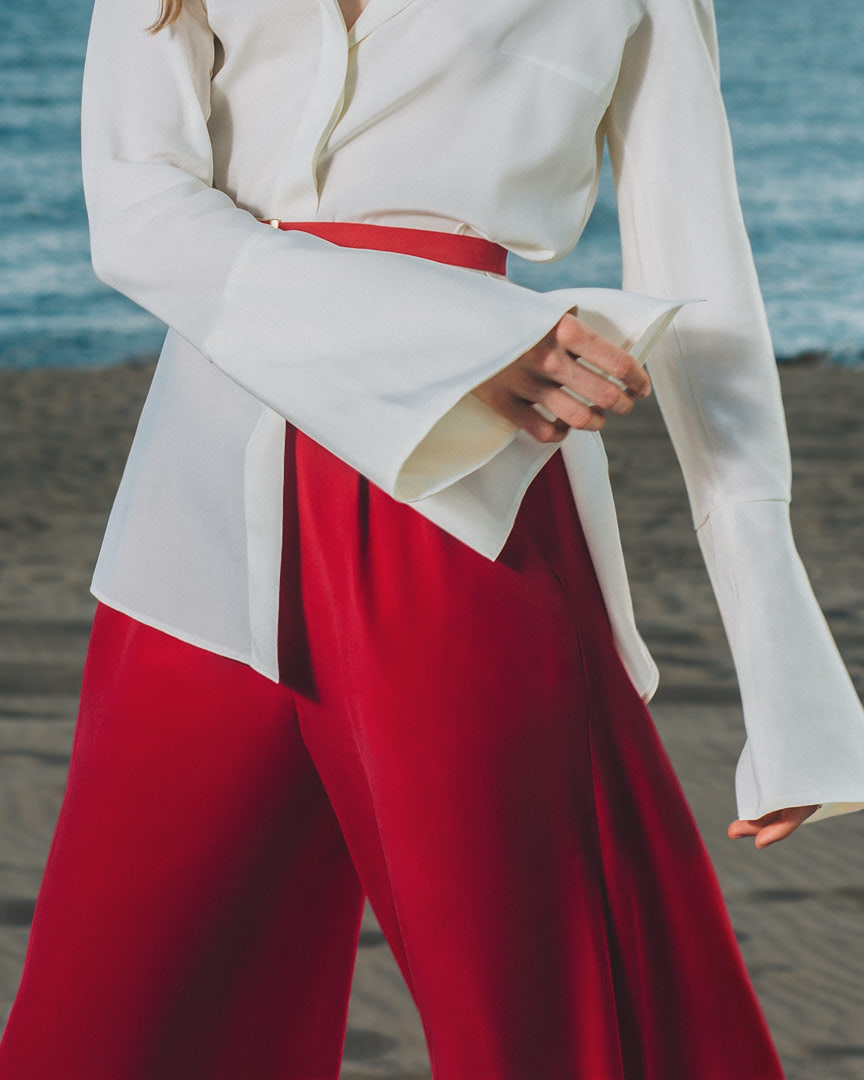 001 - FRESH LIGHT BREEZE - Ivory Silk Blouse And Red Pants - 0002b