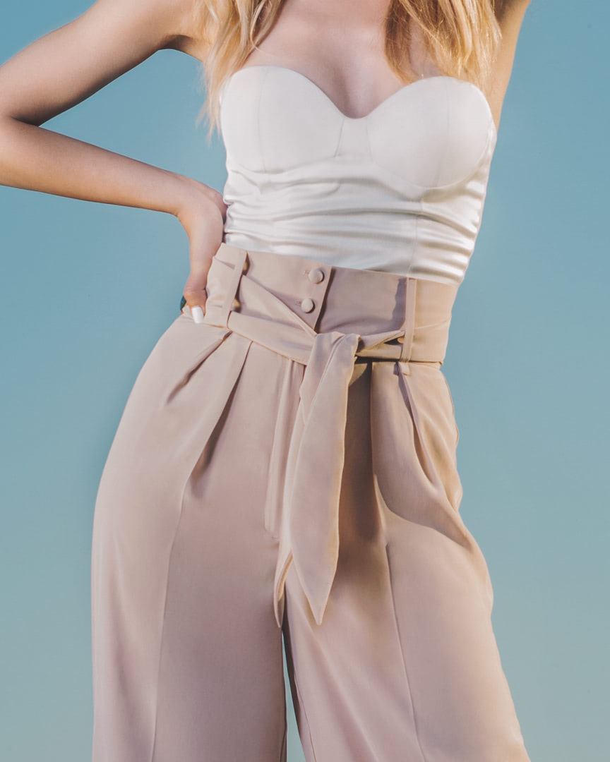 009 - DUSTY ROSE - White Top And Rose Pants - 0001a