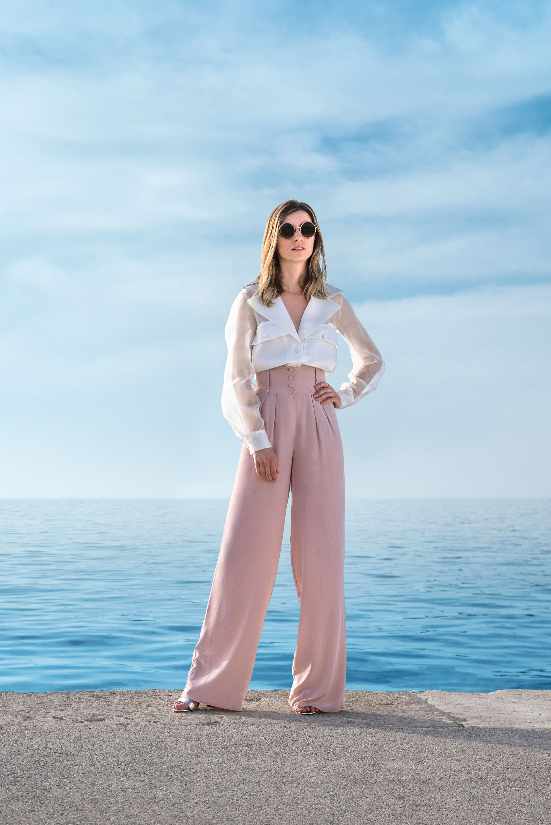 Powdery rose silk pants with belt and silk organza shirt with pockets