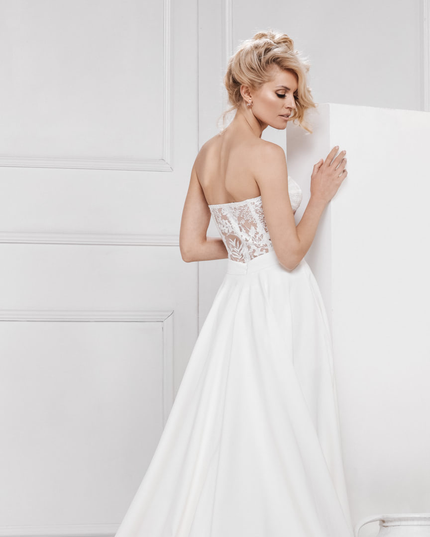 look_017_the_one_bojana_ugresic_bridal_collection_touch_of_heaven_0004