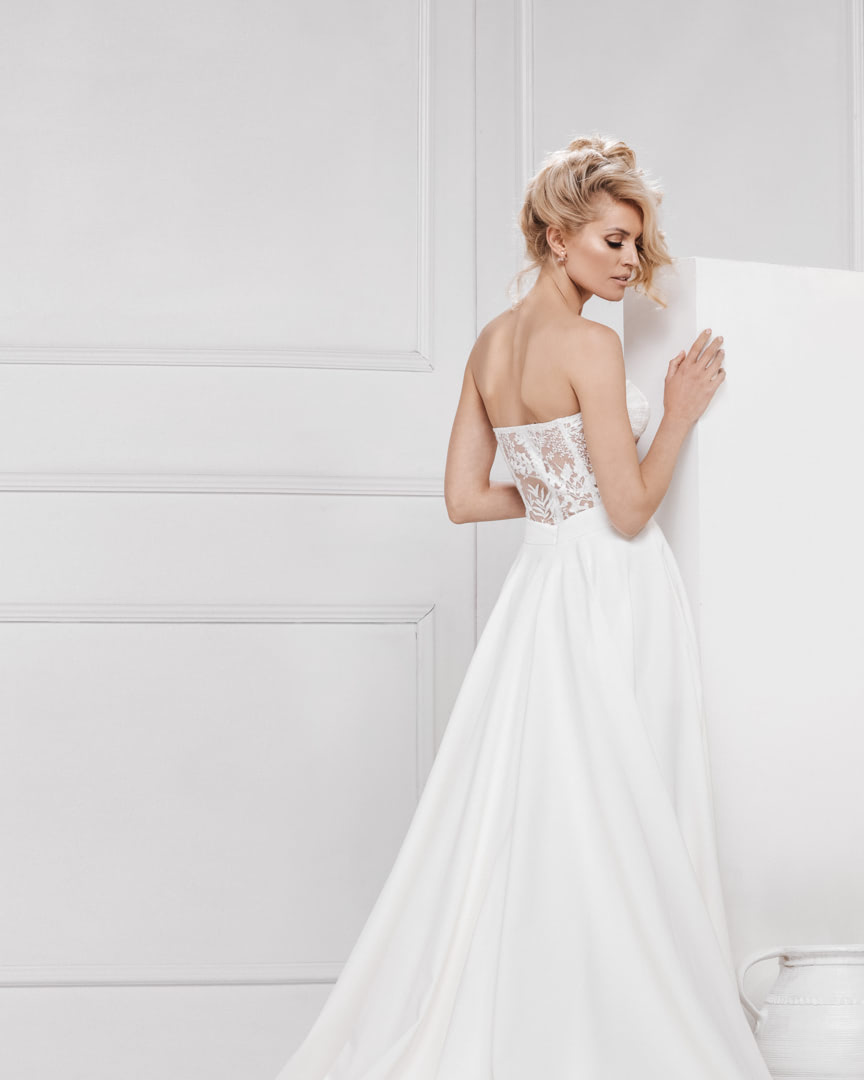 look_017_the_one_bojana_ugresic_bridal_collection_touch_of_heaven_0004 copy